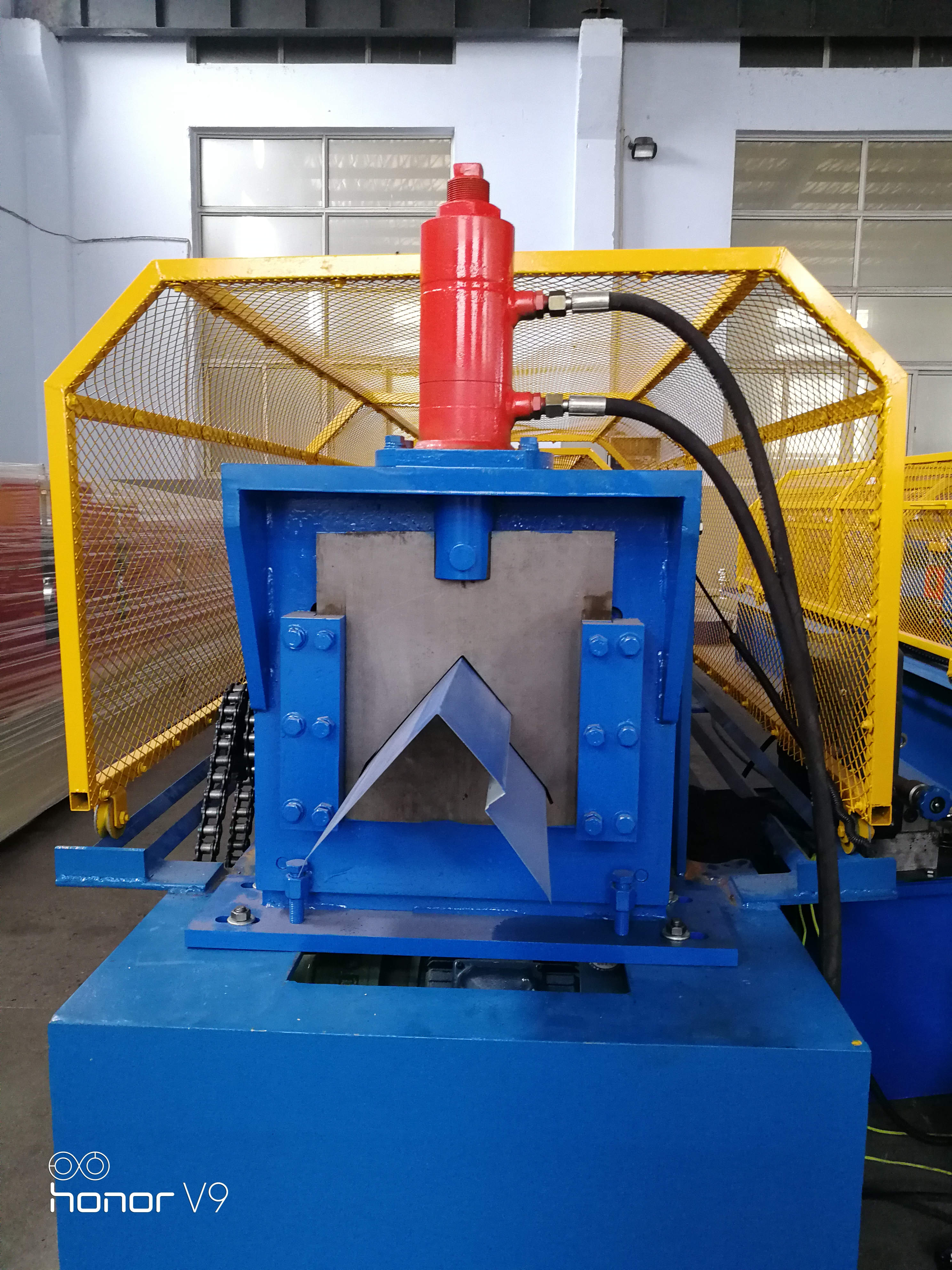 Ridge cap roll forming machine_for reference